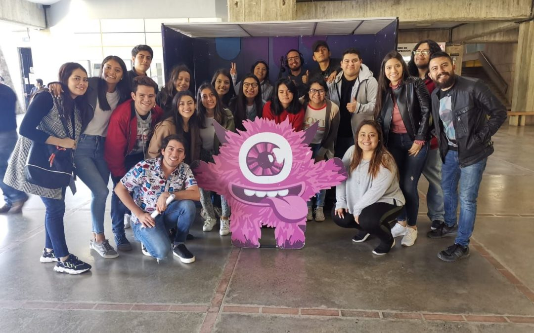 Sónica abrió el espacio a estudiantes de la URL
